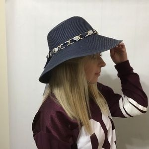 Accessories - Fun and style for the beach in this wide brim hat 904e28b9d53d